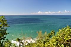 End of the World (malinowy) Tags: winter vacation cliff hawaii coast nikon holidays hiking path hike cliffs trail kauai hi nikkor kalalau zima napali 1870 wakacje hawaiianislands szlak kalalautrail malinowy d7000 malinowynet