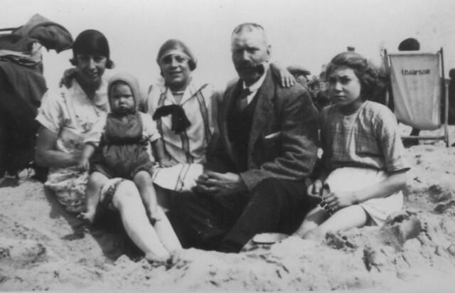 1926_beach