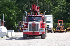 Red Peterbilt crane truck Ottawa, Ontario 08212007 ©Ian A. McCord (ocrr4204) Tags: ontario canada truck kodak crane ottawa transport camion transportation gloucester pete vehicle pointandshoot mccord trucking peterbilt cran z740 véhicule ianmccord ianamccord