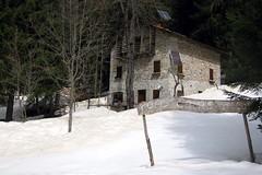 Poas (Cristina Birri) Tags: snow primavera home casa spring neve cartello ingresso friuli udine poas fornidisopra