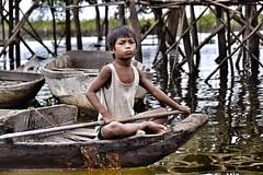 defiant courage (paddy_bb) Tags: travel cruise boat nikon asia cambodia kambodscha khmer child transport pride kh siemreap defiant courage tonlesap fischerdorf 2013 kampongphluk kampongphulk d3100 khampongphluk paddybb