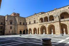 Palais des Grands Matre - Rhodes (yann.dimauro) Tags: gr rodos grce egeo