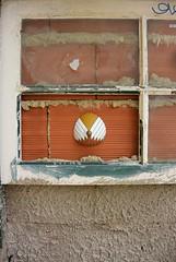 Intra Larue  731 (intra.larue) Tags: street urban art portugal breast arte lisboa pit urbana urbano teta sein moulding lisbonne urbain pecho peito intra formen seno brust moulage tton