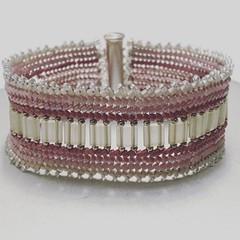 Pulsera rosa (Nata R.) Tags: pink rose square rosa gingham squareformat bracelet miyuki pulsera misanga delicas tilla iphoneography instagramapp