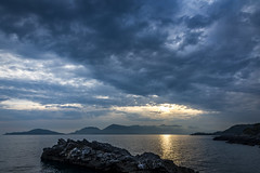 tellaro (catherina unger) Tags: ocean blue sunset italy seascape water clouds la rocks italia dei golfo spezia poeti tellaro
