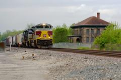 Lackawanna in West Carrollton (DStew88) Tags: ohio house west heritage train carrollton freight lackawanna norfolksouthern