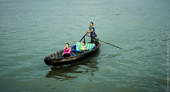 Carrying people across the river (Khoa NH) Tags: life sunset people river boat small wave streetlife move vietnam carry