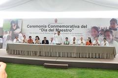 Ceremonia Conmemorativa del Día del Maestro