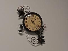 091 clock (jasminepeters019) Tags: clock time timepiece ticktock 100shoot