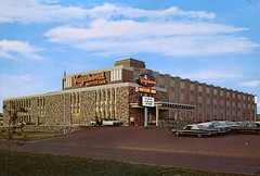 Vagabond Motor Inn, Regina, Saskatchewan (SwellMap) Tags: architecture vintage advertising design pc 60s fifties postcard suburbia style kitsch retro nostalgia chrome americana 50s roadside googie populuxe sixties babyboomer consumer coldwar midcentury spaceage atomicage