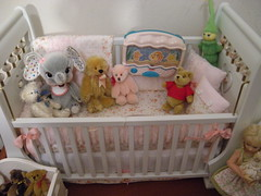 Mini Crib with toys_ close up (Dollique) Tags: beds