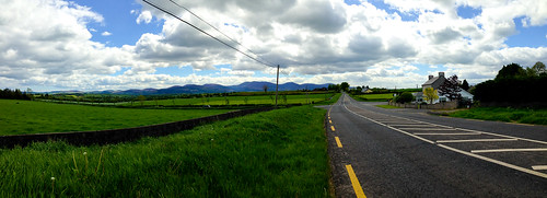 Heading into Ardfinnan