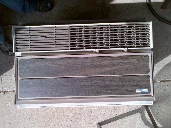 the world s newest photos of airconditioner and coldspot flickr rh hiveminer com 1970s Window Air Conditioner 1970s Window Air Conditioner