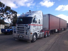 My new Truck, Hentschke #24, Argosy (Jeronimo08) Tags: truck transport australia 24 coe argosy freightliner cabover bdouble hentschke uploaded:by=flickrmobile flickriosapp:filter=nofilter