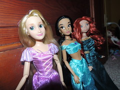 New 2013 Disney Store Classic Dolls (They Call Me Obsessed) Tags: new store doll jasmine barbie disney brave rapunzel tangled 2013 merdia