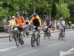 Prudential Freecycle RideLondon 2013 (dorsetbays) Tags: uk summer england people london bike bicycle sport fun cyclist crowd august event riding cycle rider freecycle embankment goldenjubileebridge bicyle victoriaembankment waterloobridge 2013 ridelondon prudentialridelondon ridelondon2013 prudentialridelondon2013 prudentialfreecyleridelondon prudentialfreecyleridelondon2013