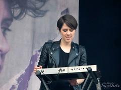 IMG_2926_ (wojo4hitz) Tags: music festival sarah sara quebec montreal teagan ts teganandsara tegan tns 2013 osheaga