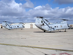 """CH-46E (10) • <a style=""""font-size:0.8em;"""" href=""""http://www.flickr.com/photos/81723459@N04/9731229118/"""" target=""""_blank"""">View on Flickr</a>"""