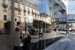 Tours (McDonald's) (Jean (tarkastad)) Tags: france tram mcdonalds lightrail streetcar alstom tramway lrt tarkastad citadis strasenbahn