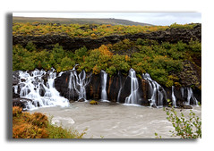 Hraunfossar (Luca Castillo) Tags: verde green water rio canon river landscape island iceland islandia agua paisaje waterfalls cascada piedra hraunfossar cascadas