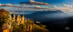 Piercing blue (Mike Hankey.) Tags: sunset panorama bluemountains katoomba