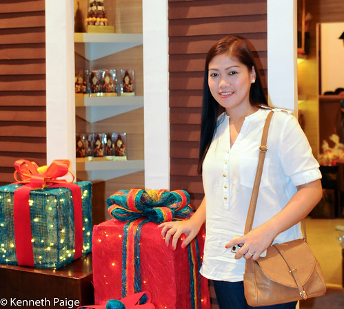 Manila Hotel Shopping Break