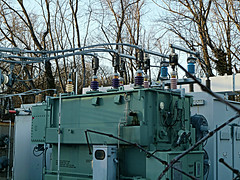 Unusual Transformer Colors (en tee gee) Tags: newyork colors transformer longisland insulators 4kv 23kv