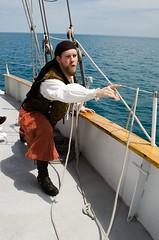 """""""Oooh, look at that!"""" (Pahz) Tags: chicago pirates windy lakemichigan greatlakes navypier tallship bristolrenaissancefaire chicagoillinois joshballard tallshipwindy bristolpirates"""