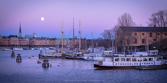 Blue hour in Stockholm (Alban Mirabaud) Tags: travel canon sweden stockholm harbour bluehour canon5dmarkiii canon5dmiii canon5dmark3 canon5dm3 travelthinkdifferent
