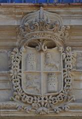 Jerez de la Frontera (Cdiz). Alczar. Palacio de Villavicencio. Escudo real de Castilla y Len (santi abella) Tags: espaa andaluca cdiz jerezdelafrontera escudos herldica