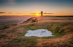Sunrise in Cowling on last day of April (Mariusz Talarek) Tags: uk england nature sunrise trekking walking landscape outdoors countryside nikon outdoor hiking yorkshire dslr northyorkshire pennines rambling naturephotography cowling naturelover landscapephotography outdoorphoto d90 naturephoto naturephotographer earlcrag outdoorphotography outdoorphotographer nikond90 landscapephotographer landscapephoto wainmanspinnacle mtphotography addicted2walking walkingscape