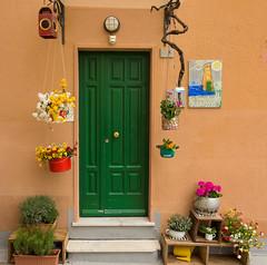La Torre Rooms (Harry2010) Tags: door flowers italy green rooms rental cinqueterre corniglia latorrerooms