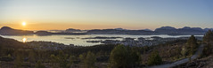 lesund [Panorama] (Chris-Hvard Berge) Tags: sunset panorama mountain norway zeiss 35mm landscape norge outdoor sony hill natur carl lesund solnedgang sula a7r