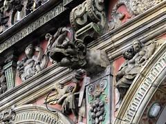 Rathaus Gargoyle (L'Oriol.) Tags: city town hall center bremen rathaus arquitecture