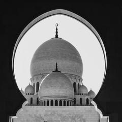 Sheikh Zayed Mosque (Phillies182) Tags: portrait landscape art street abudhabi buildings 2015 vacation religion mosque beach people water marina aquarium streetphotography sheikhzayedmosque architecture desert hongkongpic asia dubai middleeast