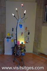 Recicl'art - Exposició al Miramar (Sitges - Visit Sitges) Tags: art festival arte sitges miramar edifici reciclaje 2016 drap visitsitges recliclart