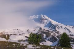 Mount Hood (terenceleezy) Tags: oregon mthood pdx mounthood timberlinelodge