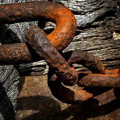 Chain (arbyreed) Tags: old closeup rust close machine rusty chain forgotten hmm anythinggoes oxidized macromondays arbyreed oldminingmachine duchesnecountyutah