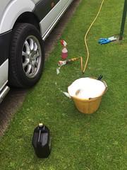 Mercedes Sprinter - Brabus (Paul.Bevan) Tags: green grass outdoors bucket lawn carwash shampoo driveway glove van brabus alloywheel merc hosepipe soapywater wheelcleaner triggerspray bucketandsponge chemicalclean