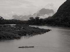 Je fais un rêve... I have a dream... (alainpere407) Tags: river boats laos muangngoi serenité namouriver bestcaptureaoi triptolaos alainpere