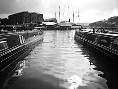 Narrowboats (goodbyetrouble) Tags: uk england bw bristol boat wasser harbour boote sw hafen avon narrowboats