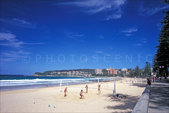 Manly Beach Colour Photos (Thomas Joannes) Tags: australia manlymarket operahousemarket photoscenic sydney sydneybeaches therocksmarket thomasjoannes australie frenchphotographer image joannes manlybeach photograph photographe picture sceneries scenicphoto seascape surf surfboard surfer surfing thomas tourism waves