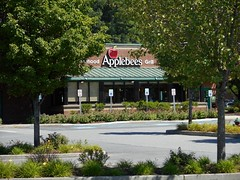 Mount Kisco Applebee's (jeffmgrandy) Tags: summer bedford restaurant cafe applebees somers westchester kisco mountkisco