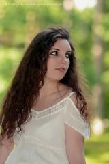 DSC_1481+ (SuzuKaze-photographie) Tags: portrait woman lyon bokeh femme parc swirly helios442 suzukazephotographie