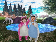 Teddy's!  (Zaidon Resident) Tags: ocean blue trees girls sky people mountains nature boys grass fashion sparkles photography photo pretty babies photographer teddy designer bears blogger gaming secondlife gamer blogging reality doggy dope unicorns photograpy photooftheday virtural toddleedoo
