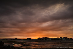 Storm approaching (Rick Hathaway - rhfo2o) Tags: sunset sky storm beach clouds canon sand westsussex thunderstorm elmer bognorregis seadefences elmersands canoneos7d rhfo2o