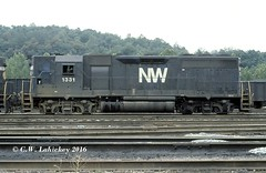 N&W 1331 on 7-29-78 (C.W. Lahickey) Tags: nw emd gp40