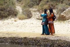 people_Scala_dei_Turchi_4945 (Manohar_Auroville) Tags: girls sea italy white beach beauty seaside rocks perspectives special scala sicily luigi dei agrigento fedele turchi scaladeiturchi manohar