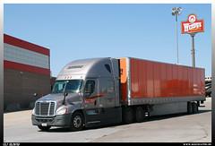 """Freightliner Cascadia """"Schneider"""" (uslovig) Tags: world truck iowa truckstop lorry camion stop 80 largest schneider cascadia lastwagen lkw freightliner lastkraftwagen"""