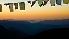 Other side bview of Dzongri Top (samujjwalsahu) Tags: mountains sunrise trekking landscape nightscape meadows valley sikkim campsite goechala yuksom bakhim dzongri thansing kanchanjangha dzongritop tshokha indiahikes vision:mountain=069 vision:sunset=0895 vision:outdoor=0917 vision:ocean=088 vision:sky=0982 vision:clouds=0905 goechalake goechalaviewpoint1 goechalaviewpoint2 teantview phedong